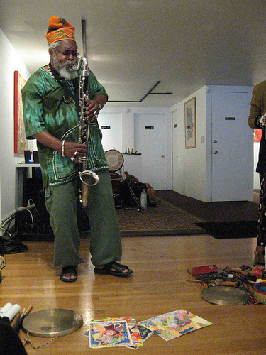Oluyemi Thomas performing at the Joyce Gordon Gallery in Oakland 9 11 12