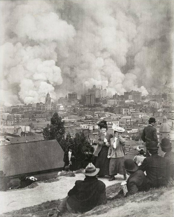 Arnold Genthe, Untitled, from The San Francisco Earthquake and Fire, 1906
